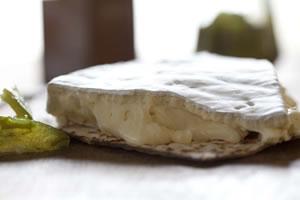 Dalewood Superlatif Brie – 145g