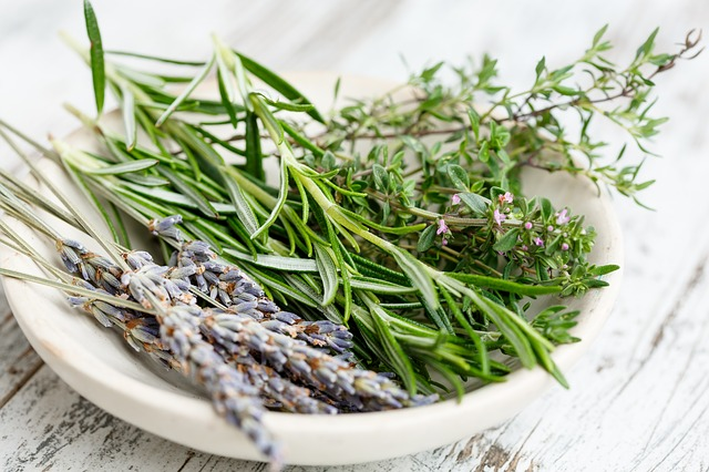 Fresh Herbs & Spices